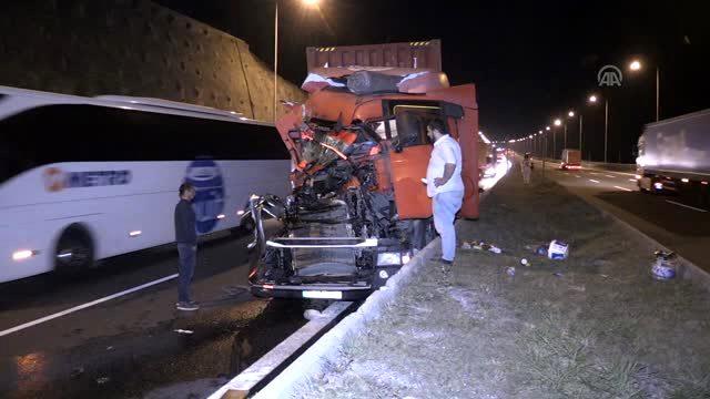 Düzce Anadolu Otoyolunda Zincirleme Trafik Kazası