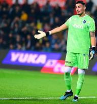 Trabzonspor Kalecisine Teklifler Yağıyor