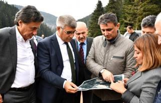 Vali Gürel ve milletvekilleri Eğriova Göleti nde incelemelerde bulundu