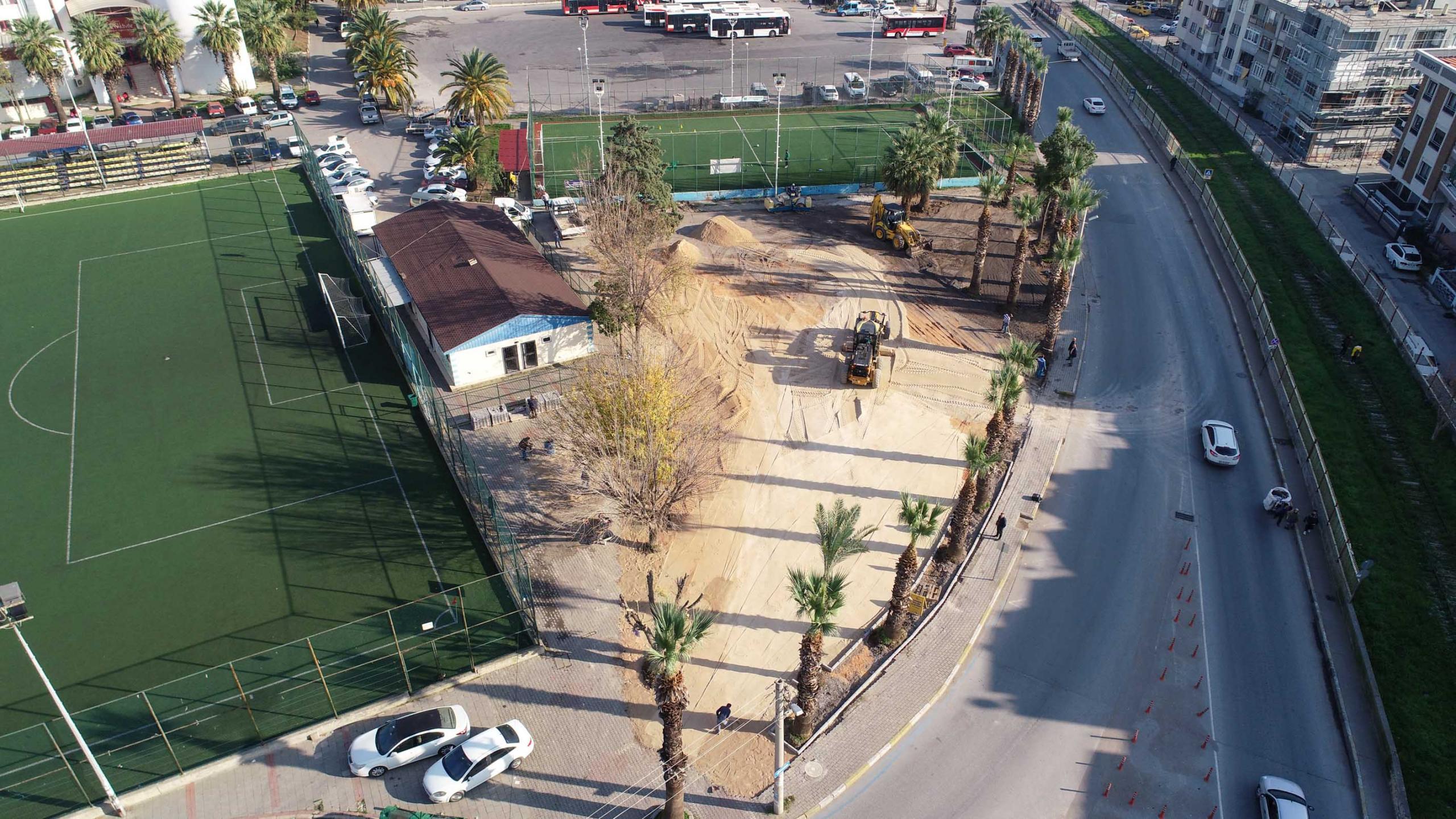 İzmir Şirinyer'deki Otopark Yapımına Başlandı