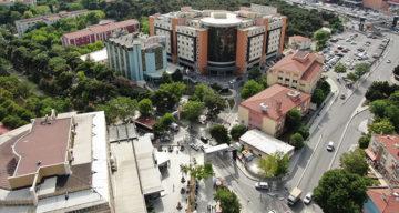Covid-19 Test Sırası Olan Hastane Normalleşiyor