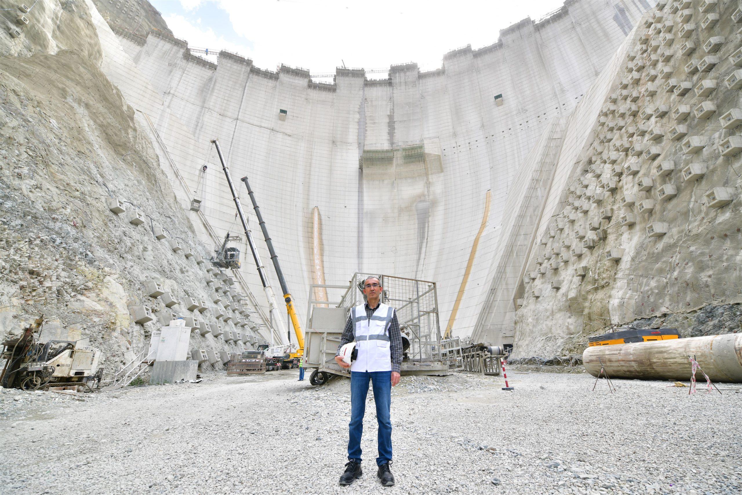 DSİ Yusufeli Barajında İncelemelede