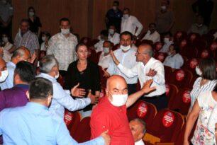 Adana Belediye Meclisi Toplantısında Arbede
