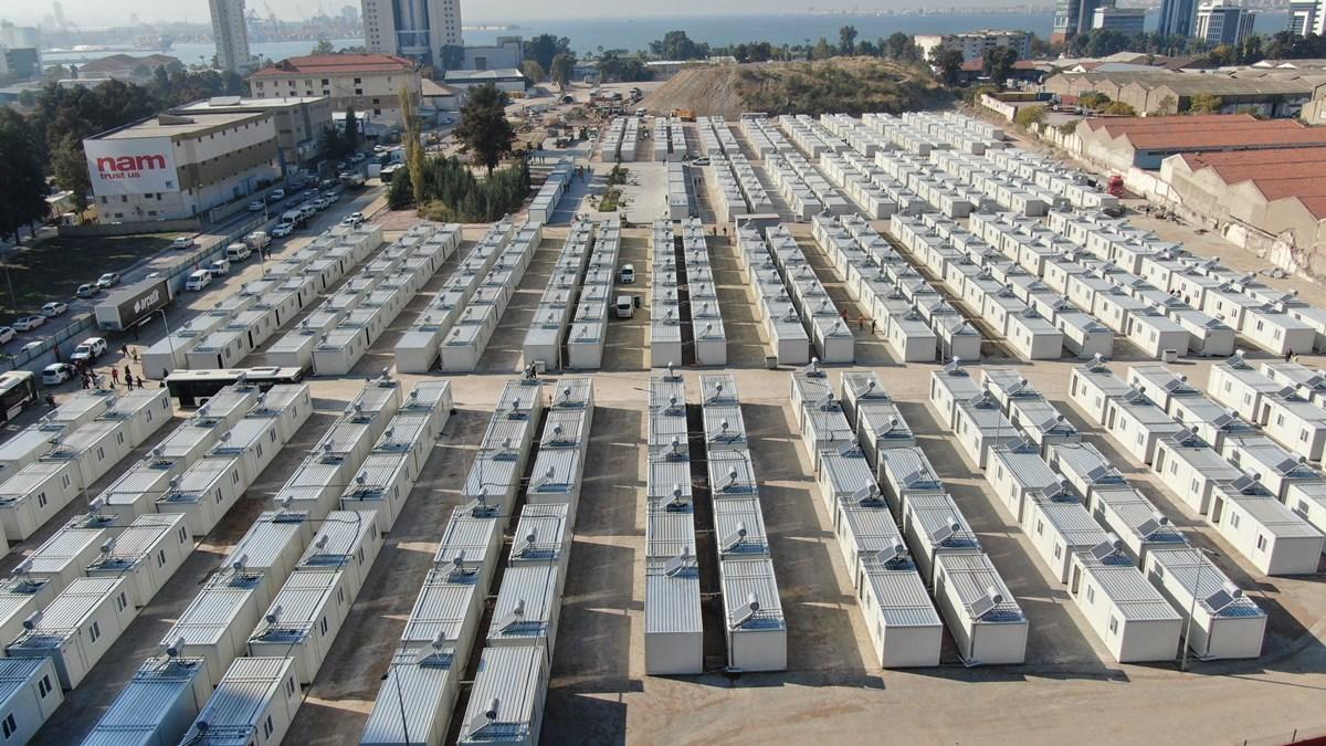 İzmir Konteyner Kenti Misafirlerini Kabul Ediyor!