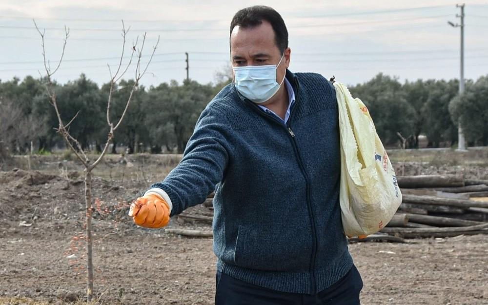 Akhisar'da Ata tohumu 'Karakılçık' Buğdayı Toprakla Buluştu