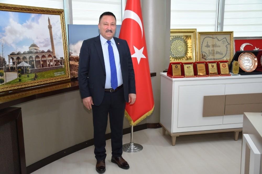 """Başkan Beyoğlu: """"Halkımızla uzlaşıyoruz, faizleri sıfırlıyoruz"""""""