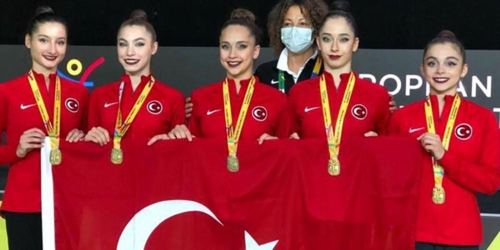 Başkan Bozkurt jimnastikçileri kutladı