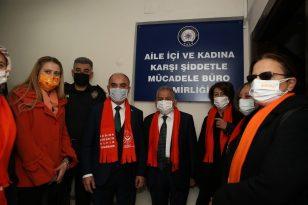 Başkan Büyükkılıç'tan kadına şiddete karşı maskeli destek