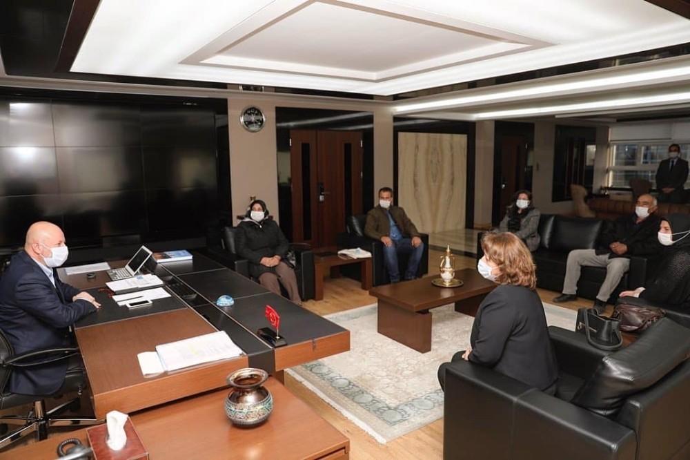 Başkan Çolakbayrakdar'a 'organik ürünlerin üretimi ve tüketimine destek' teşekkürü