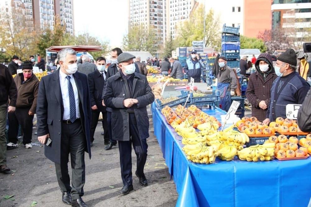 Başkan Çolakbayrakdar'dan pazarda korona virüs uyarısı