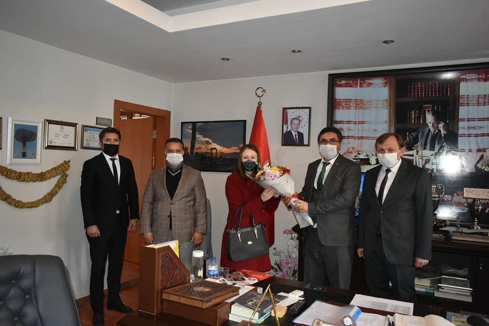 Karacasu Belediye Başkanı Öğretmenlerin Günlerini Kutladı