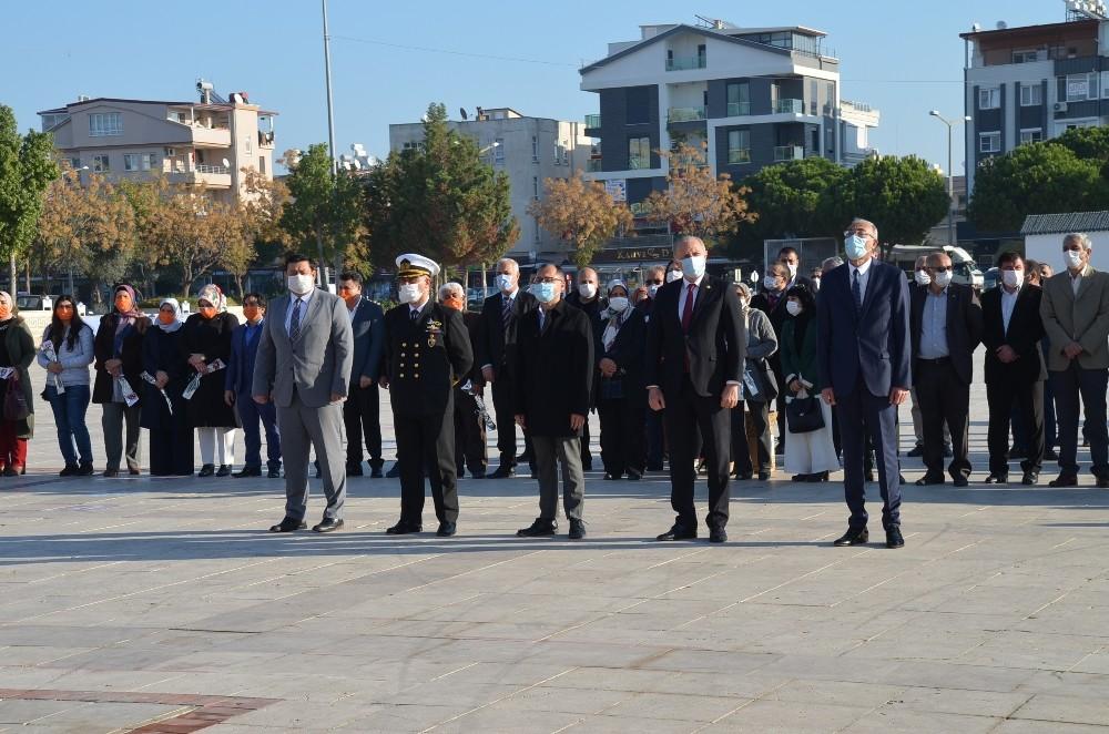 Didim'de 24 Kasım Öğretmenler günü kutlandı
