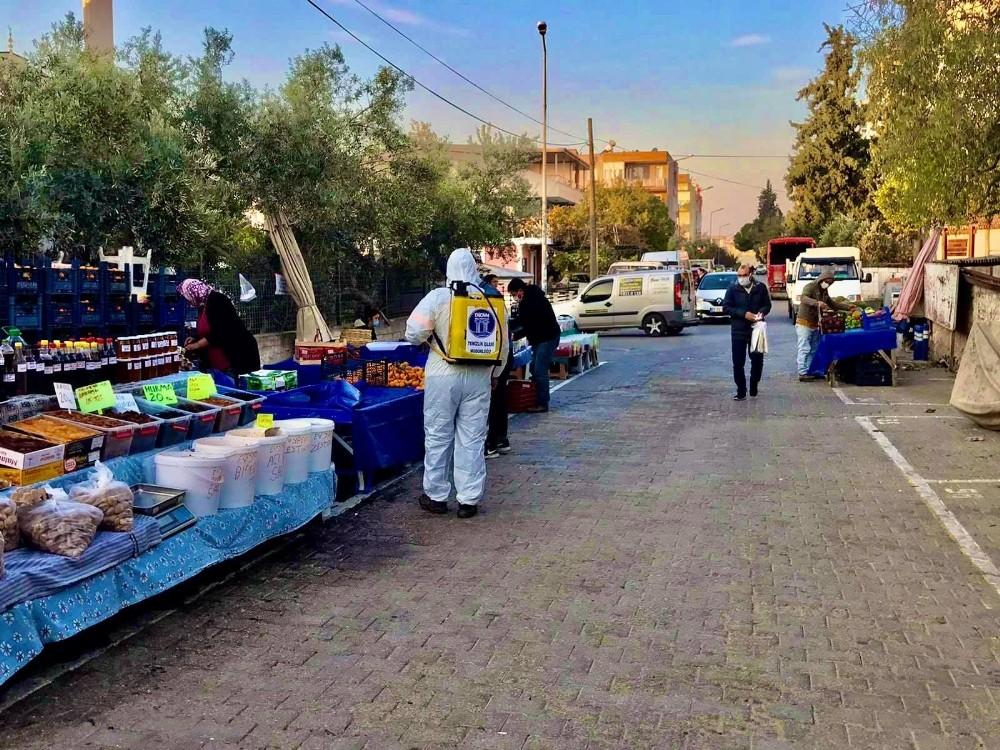 Didim'de pazaryerleri dezenfekte ediliyor