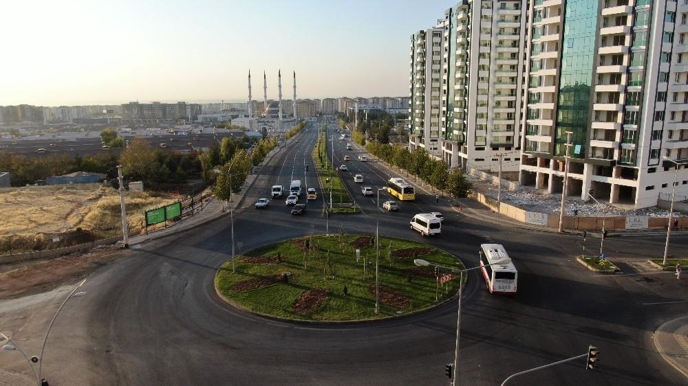Diyarbakır'daki 25 kavşakta çalışmalar devam ediyor