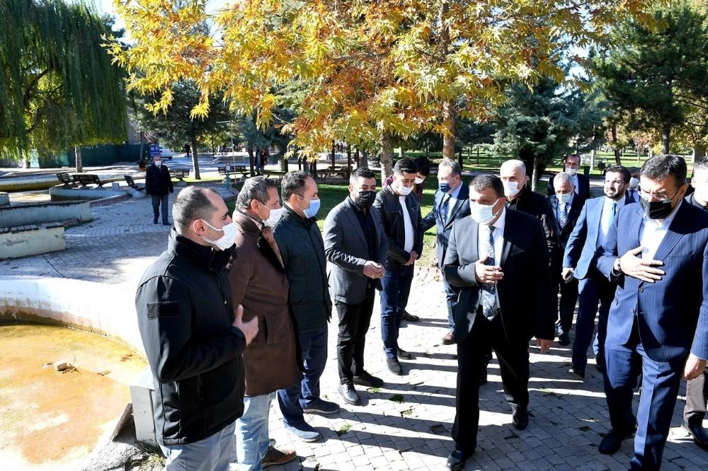 Belediye Sümer Park Esnaflarının Sorunlarını Dinledi