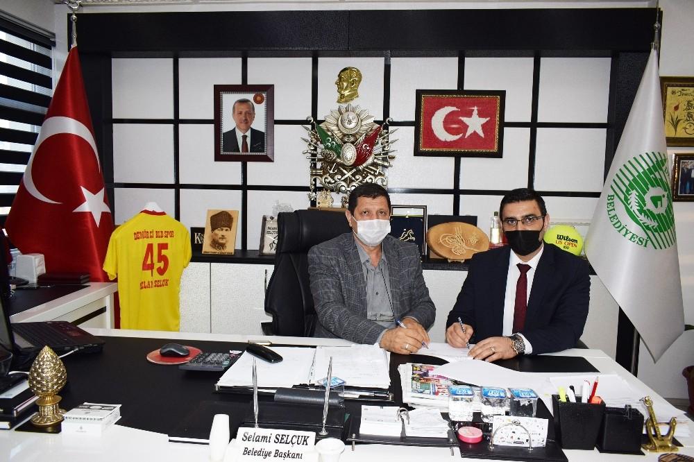 Hizmet İş Sendikası ile Demirci Belediyesi arasında toplu iş sözleşmesi imzalandı