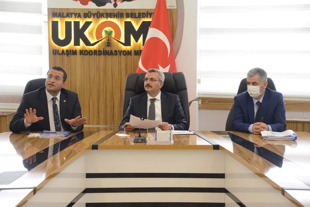 Malatya Büyükşehir'de Toplu İş Sözleşmesi Yüzde 20 Zamla Sonuçlandı