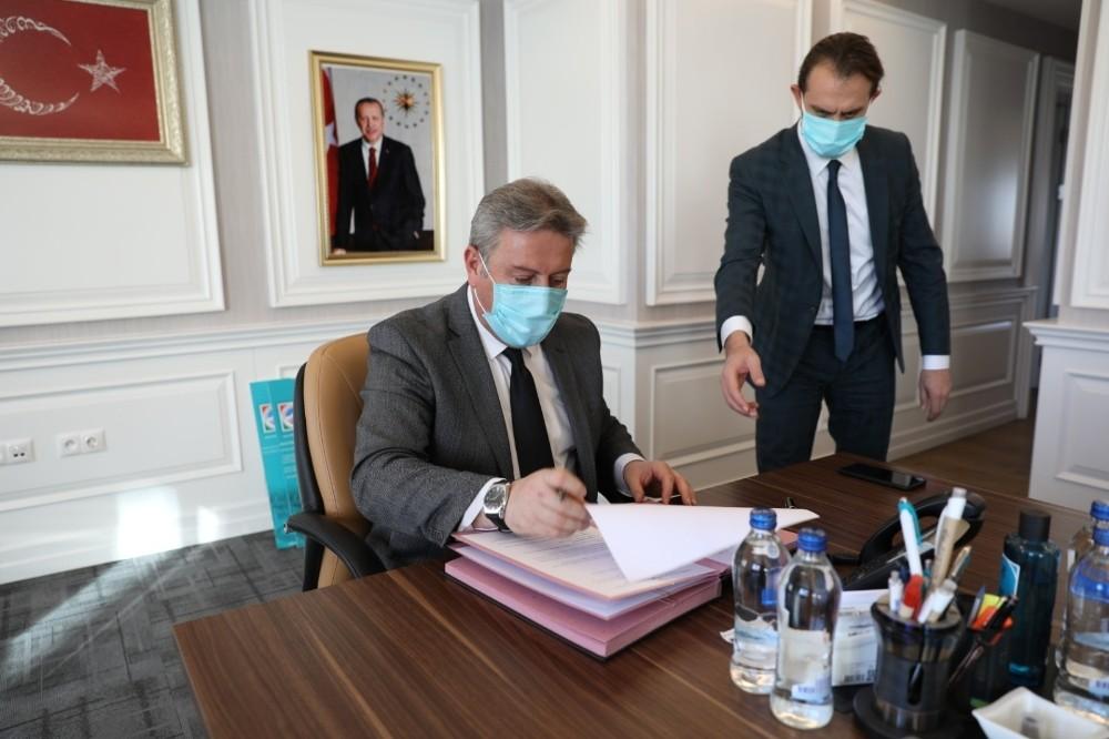Melikgazi'de Hayırsever İle Yapılacak Olan Yurdun Protokolü İmzalandı