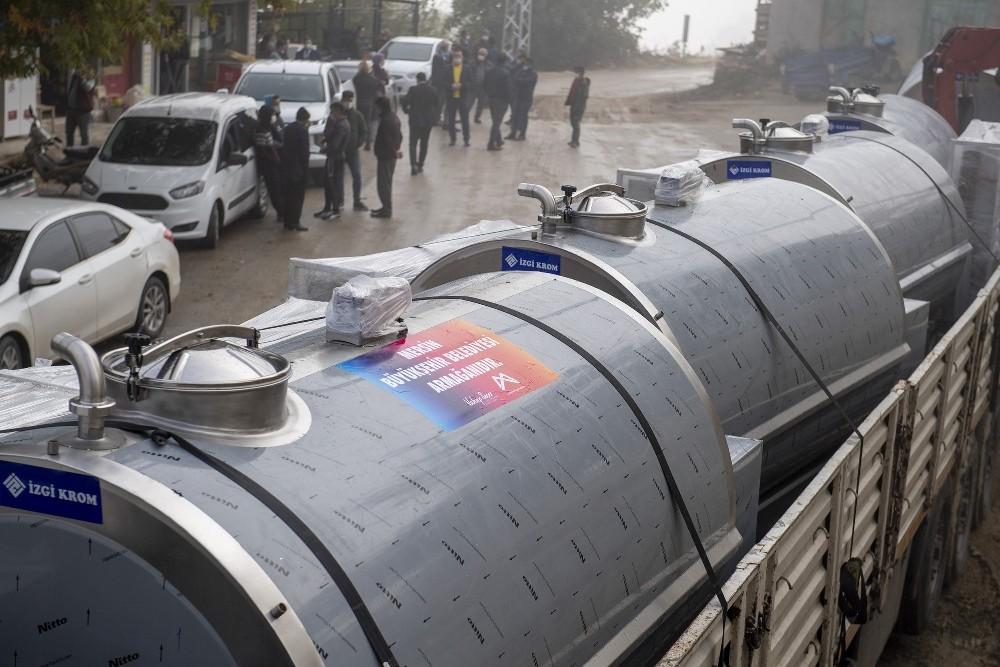 Mersin Büyükşehir Belediyesinden süt üreticisine destek
