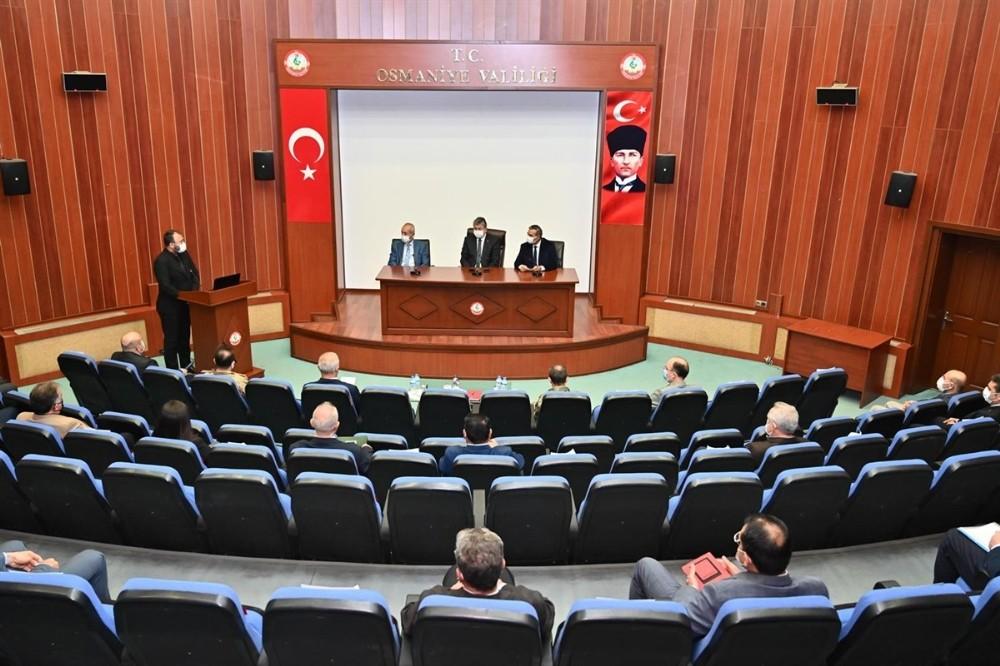 Osmaniye'de Covid-19 tedbirleri kapsamında oto pazarı kapatılacak