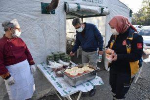 Osmaniye'de filyasyon ekiplerine sıcak çorba