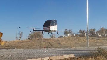 Siirtli Kaşif Uçan Arabasını Uçurmayı Başardı