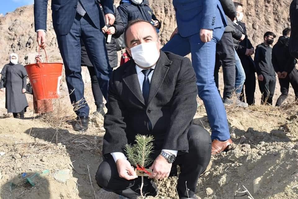 Ülkü ocaklarından Alparslan Türkeş hatıra ormanı