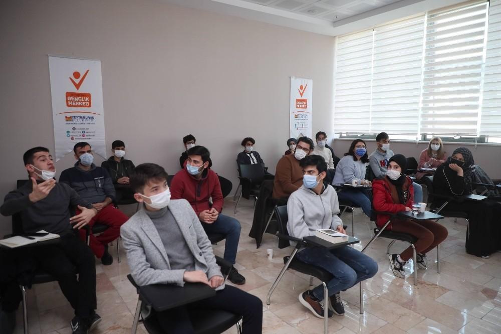 """Zeytinburnu Gençlik Merkezi'nde """"Greenbox"""" eğitimleri başladı"""