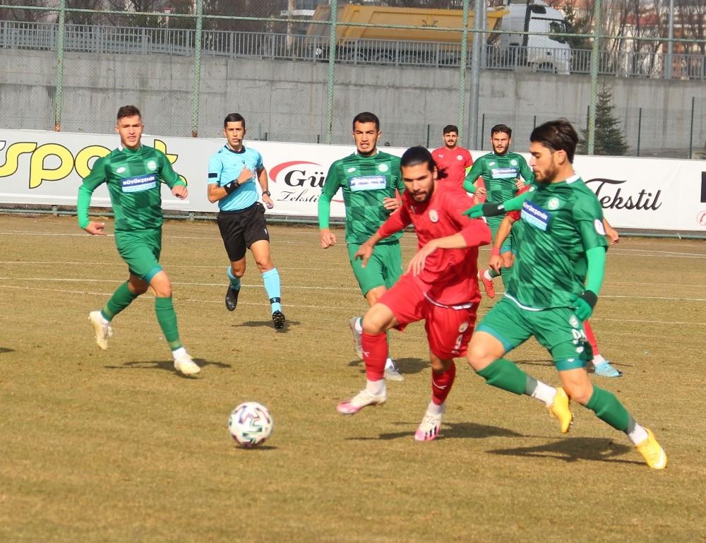 2. Lig: Sivas Belediyespor: 1 – 1922 Konyaspor: 1