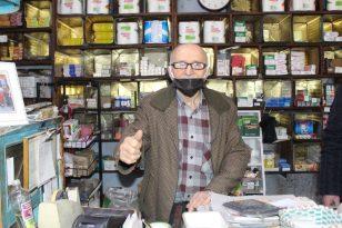 """70 yıllık esnaf: """"Bakkallardan alışveriş yapın"""""""