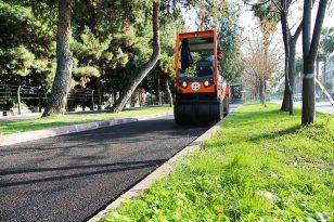 Adana'da asfalt ve bisiklet yolu yapımı devam ediyor