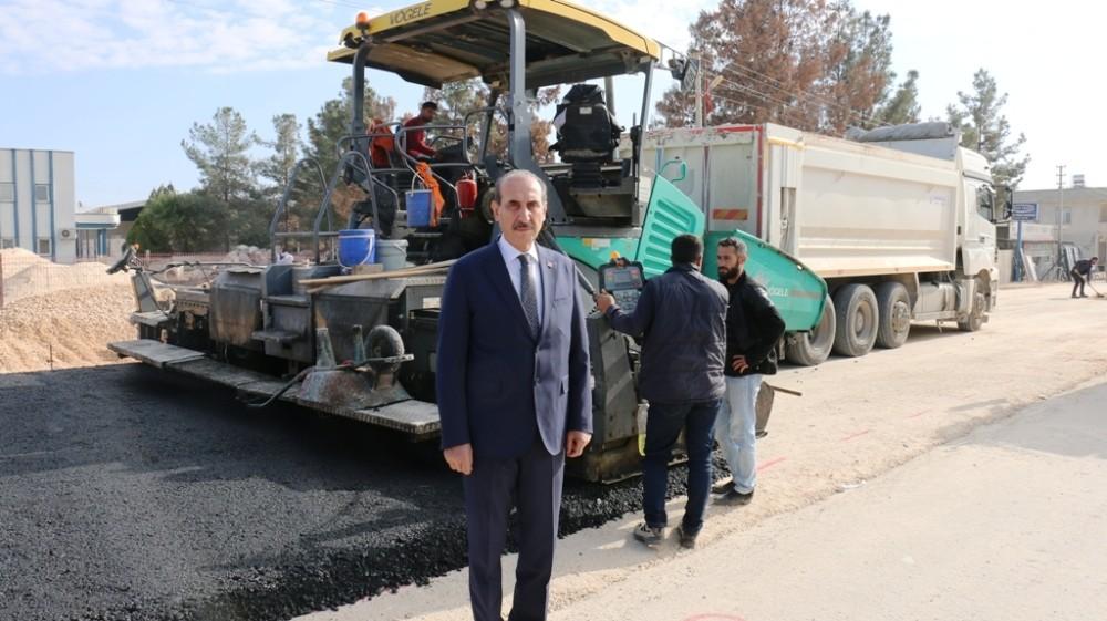 Akçakale'de yapımı biten yol ulaşıma açılıyor