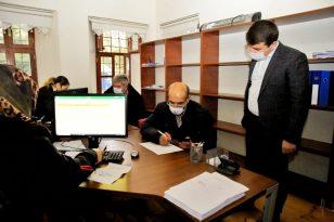 Aksaray Belediyesinden esnaflara bin lira destek