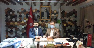 Alaşehir Belediyesinde kadrolu işçilerin yüzünü güldüren sözleşme