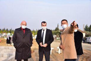 Alaşehir'de mezarlık çalışmaları incelendi