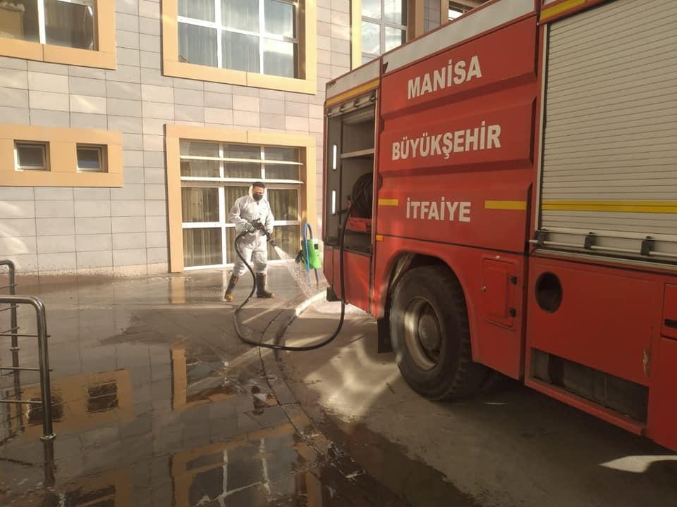 Alaşehir'de temizlik çalışmaları hız kesmiyor