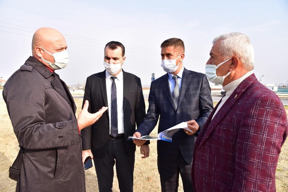 Alaşehir'in modern kavşağı peyzajıyla da göz dolduracak