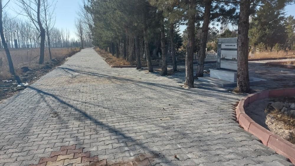 Aslanapa'da altyapı ve yol düzenleme çalışmaları