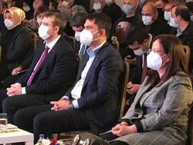Bakanı Kurum, Güngören'de düzenlenen kentsel dönüşüm toplantısına katıldı