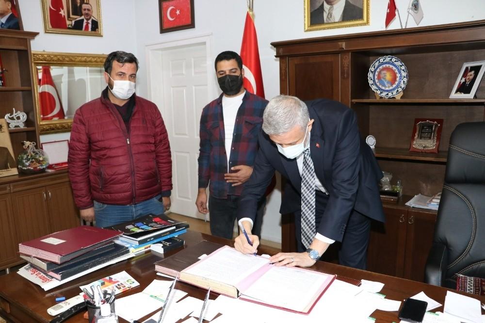 """Başkan Biçer: """"Simav'da yüzme bilmeyen gencimiz kalmayacak"""""""