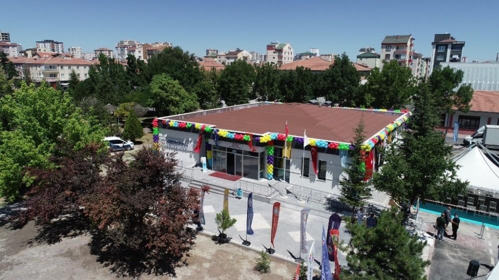Başkan Çolakbayrakdar'dan her mahalleye hizmet yağdı, vatandaş memnun kaldı