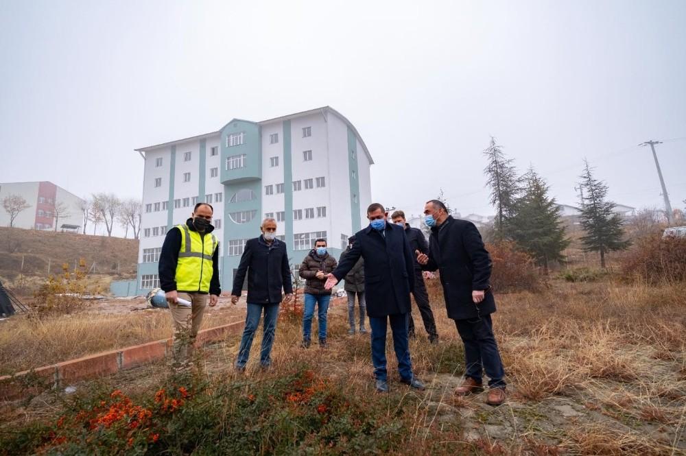 Başkan Vidinlioğlu, KASMEK binasında incelemelerde bulundu