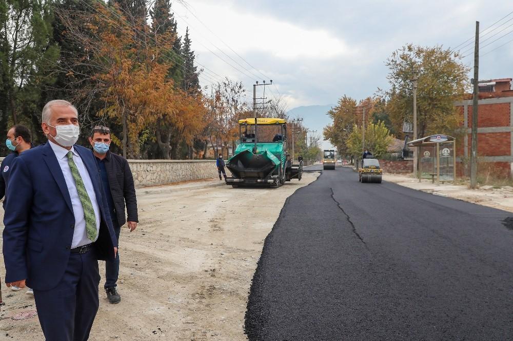 Başkan Zolan geçici asfalt çalışmalarında incelemelerde bulundu
