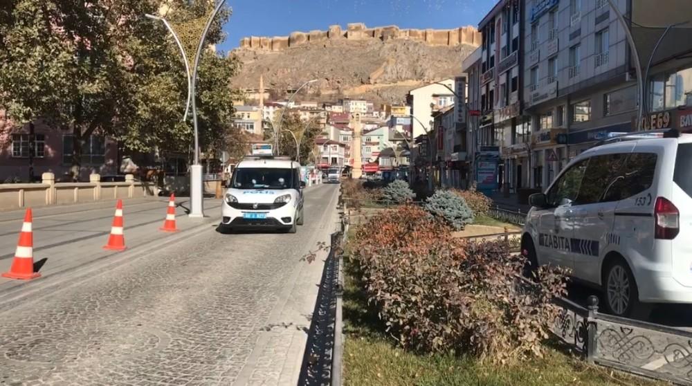 Bayburt'ta sokaklar boş kaldı