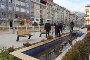 Hakkari Belediyesi Havuzlara Kış Bakımı