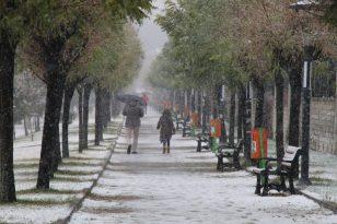 Bingöl'de kar yağışı etkili oldu