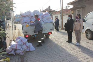 Burhaniye'de 10 bin çuval yakacak dağıtılıyor