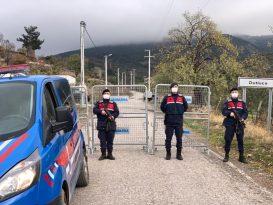 Burhaniye'de Dutluca Mahallesi karantinaya alındı