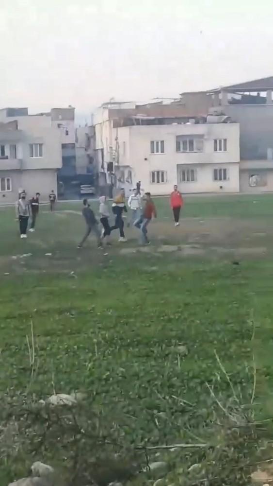 Bursa'da sokağa çıkma kısıtlamasında çift kale maç yaptılar