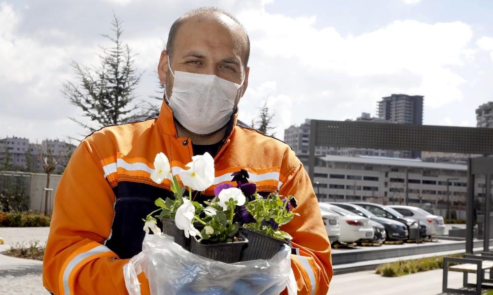 Çankaya Belediyesinden çiçek satışı